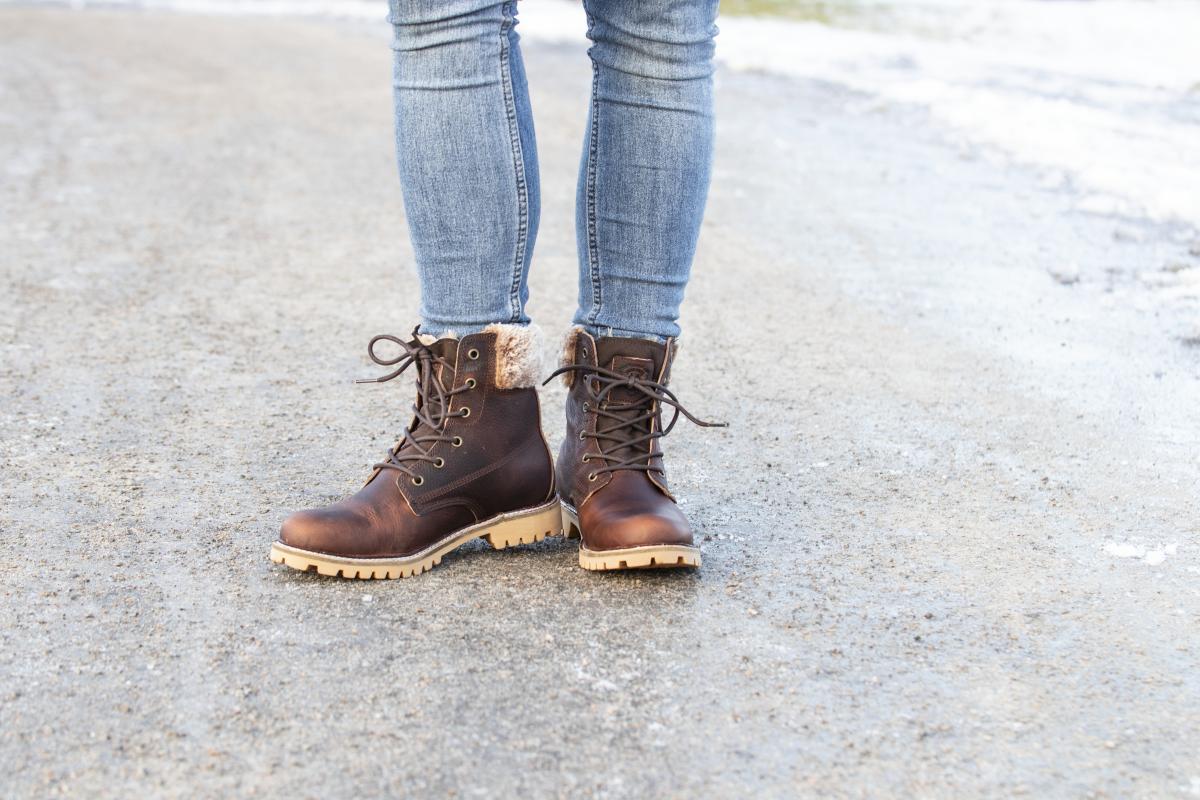 3c822645 Ordinærpris: 1499,- NÅ: 749,- (trykk på bildet for å komme til produktet).  Boots går aldri av ...